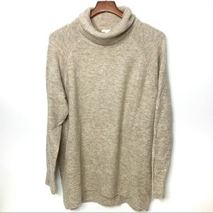 H&M Tan Oversized Turtle Neck Sweater Size Small